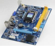 盈通H81战警主板的bios设置u盘启动进入PE的视频教程