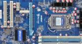 盈通H67飞刃V1.1主板的bios设置u盘启动进入PE的视频教程
