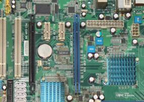 七彩虹C.G41H Ver2.2主板的bios设置u盘启动进入PE的视频教程